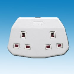 Double Trailing Socket - White