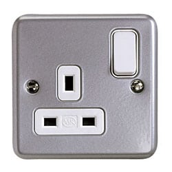 MK Metalclad Plus - Switchsocket